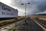 Waehrend der Bahnreise haelt der Zug auch in Corrour Station, dem entlegensten Bahnhof Schottlands.