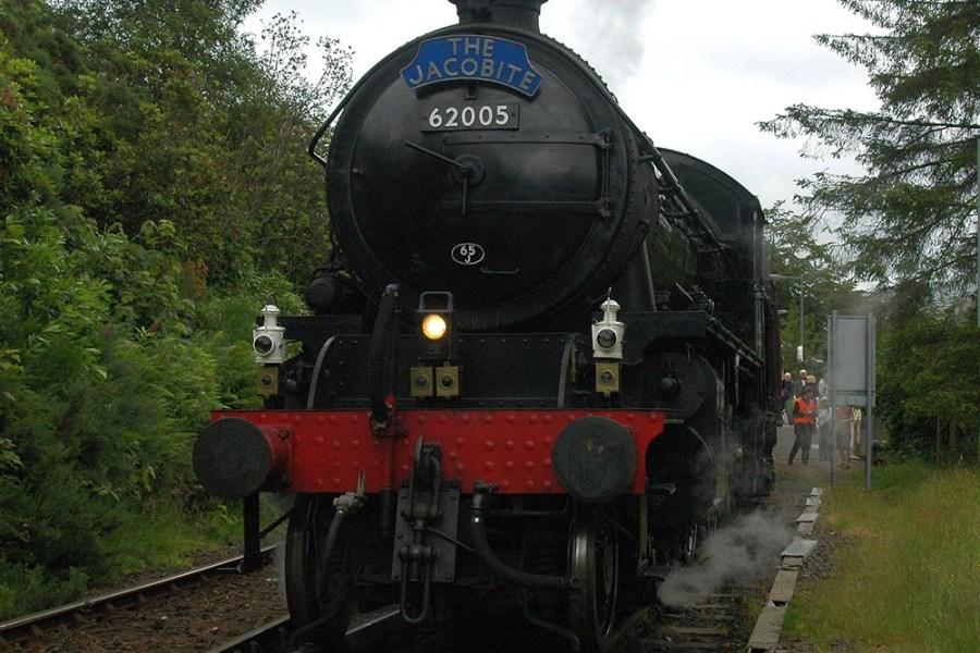 Auch eine Fahrt mit dem Harry Potter Dampfzug ist Teil unserer Bahnreise durch Schottland.