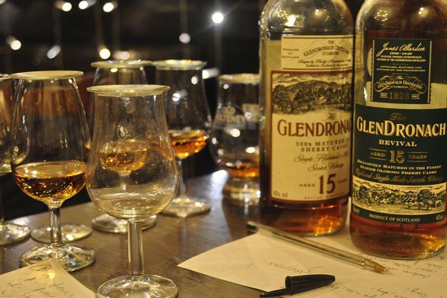 Auf unserer indiviudellen Whiskyreise lernen Sie die Klassiker der Whiskyregionen kennen.