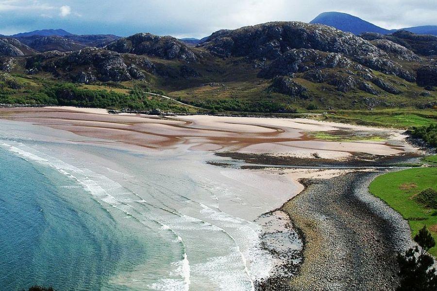 Im Auto laesst sich der Norden besonders auf einer individuellen Schottlandreise erkunden.