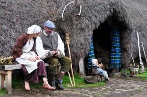 Die meisten Filmkulissen der Serie Outlander können in Schottland auf einer Filmreise besucht werden.