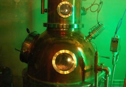 Eine Gin Brennblase kann auf einer Genussreise durch Schottland besichtigt werden.