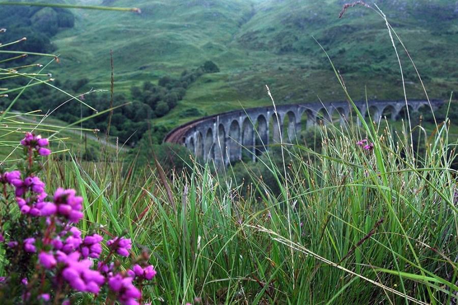 Das Glenfinnan ist Teil des Tourprogramms unserer individuellen Bahnreise durch Schottland.