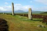 Der Ring of Brodgar auf Orkney Mainland gehoert zu Historic Scotland und kann auf dieser Rundreise besucht werden.