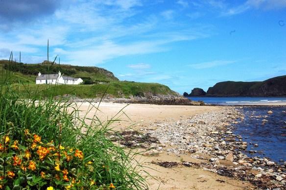 Die North Coast 500 eignet sich für eine Rundreise durch den Norden Schottlands.