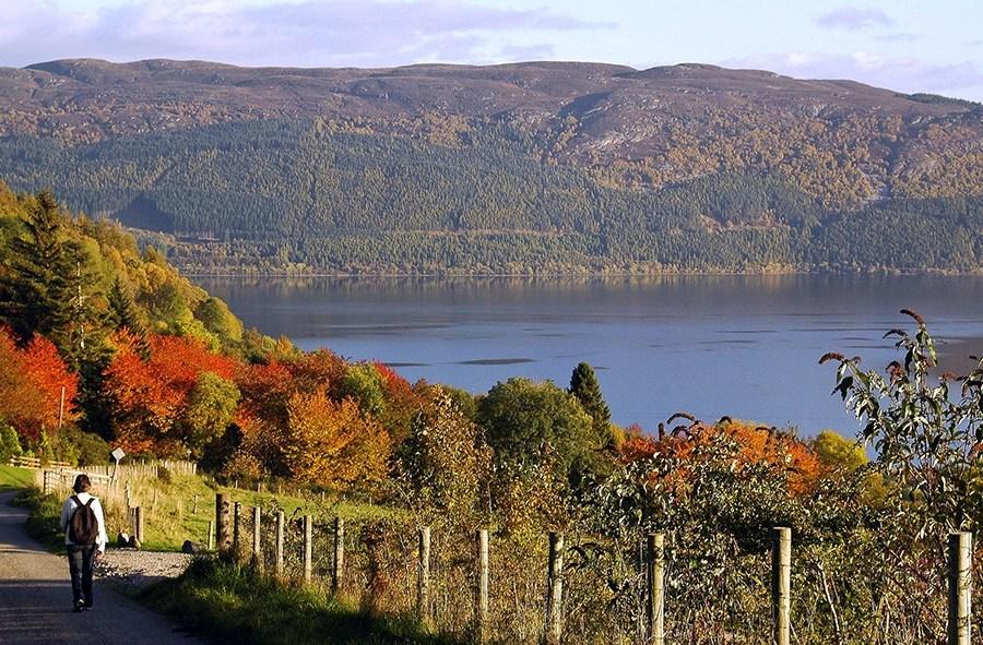 Loch Ness ist der klassische Hoehepunkt einer jeden Standortreise Schottland.