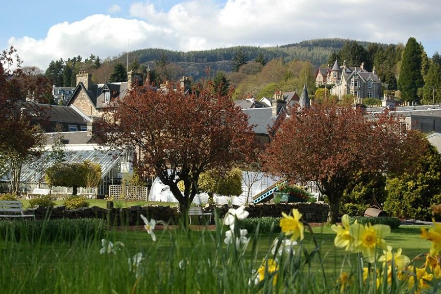 Die ersten beiden Tage der Wander-Bahnreise Schottland verbringen Sie in der Kurstadt Pitlochry.