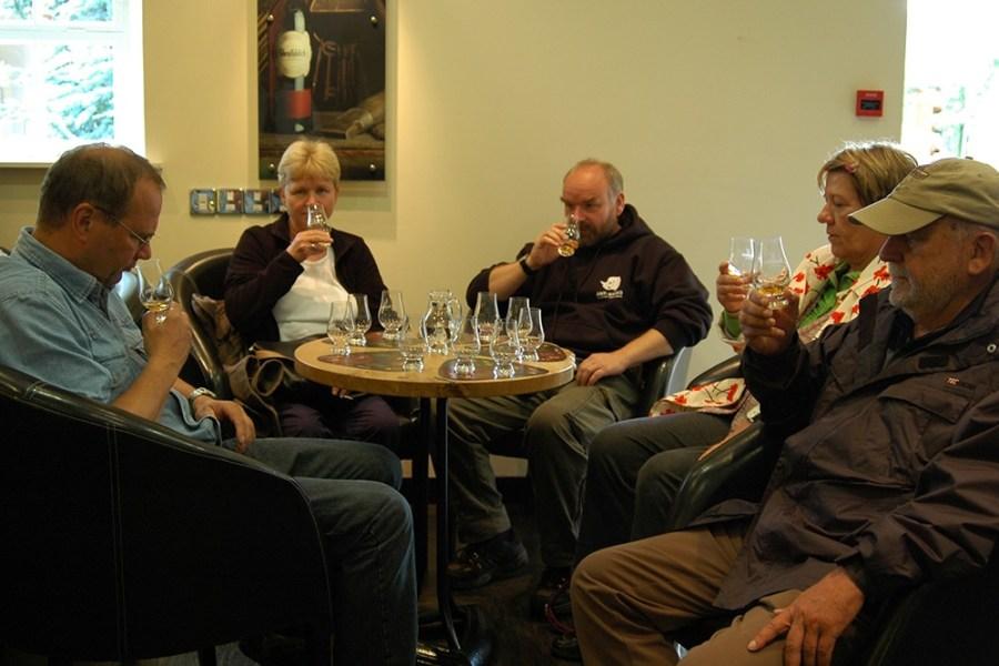Natuerlich haben wir auf der Whiskyreise nach Fife auch zahlreichen Gelegenheiten zur Verkostung.