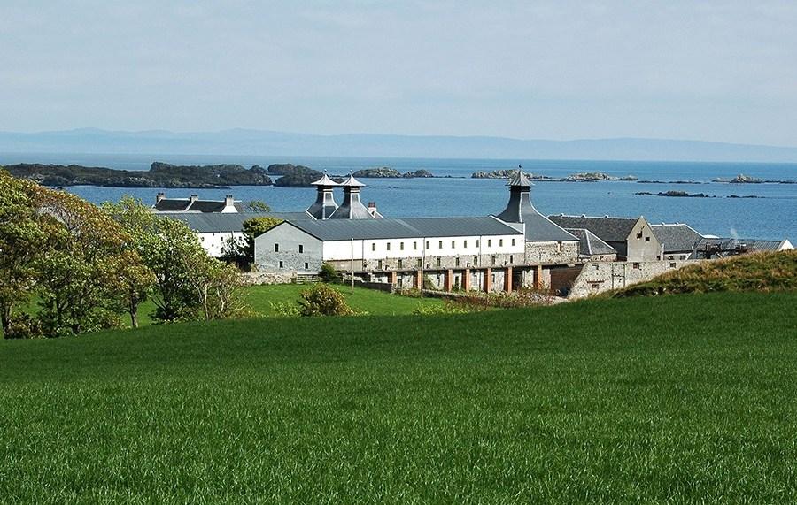 Was waere eine Whiskyreise nach Islay ohne einen Abstecher zur Ardbeg Distillery.