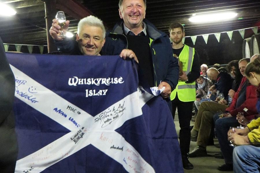 Die Diageo Distillery Lagavulin kann auf unserer Whiskyreise nach Islay besucht werden.
