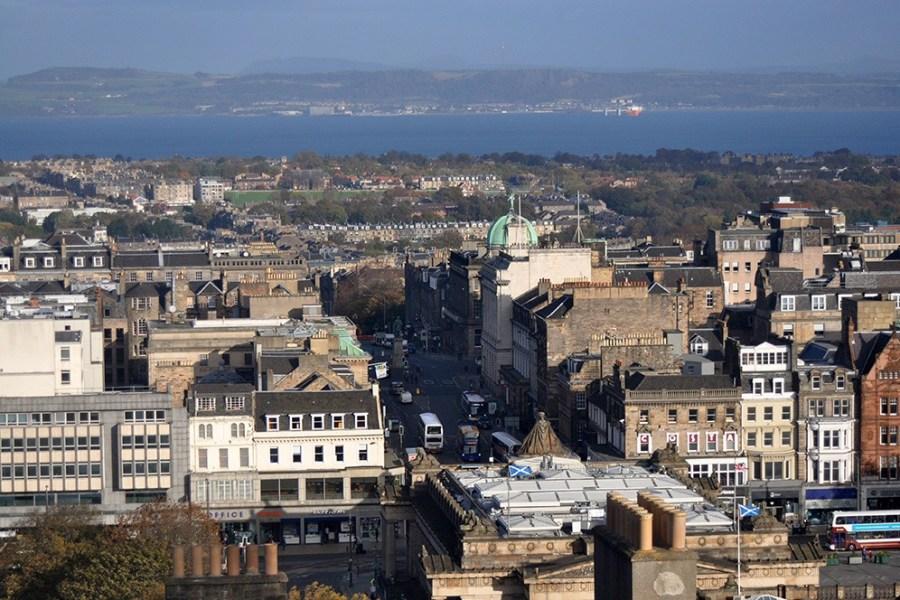 Stadtfuehrungen in Edinburgh können bei uns auf deutsch gebucht werden.
