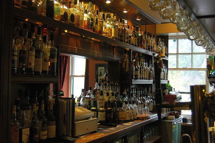 Die Wanderreise auf dem Speyside Way kombiniert Wandern mit dem Genuss von Whisky.