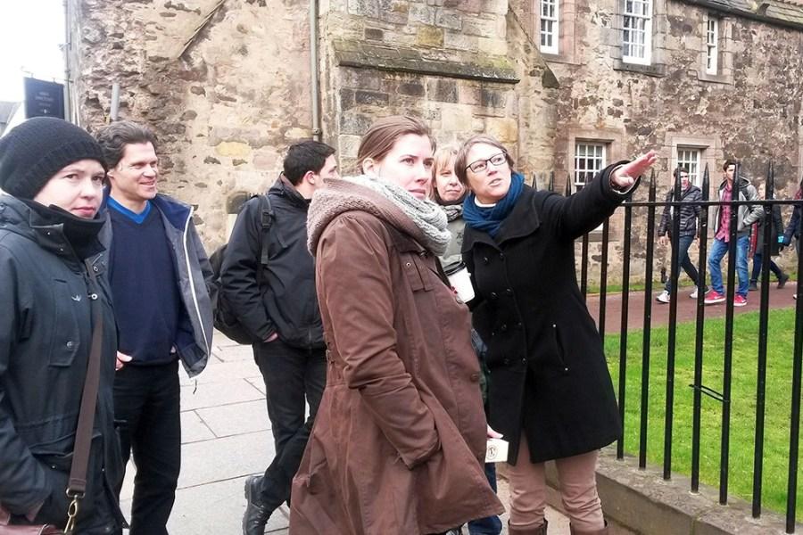 Unsere deutschsprachigen Stadtfuehrer führen Sie durch Edinburgh und Glasgow in Schottland.