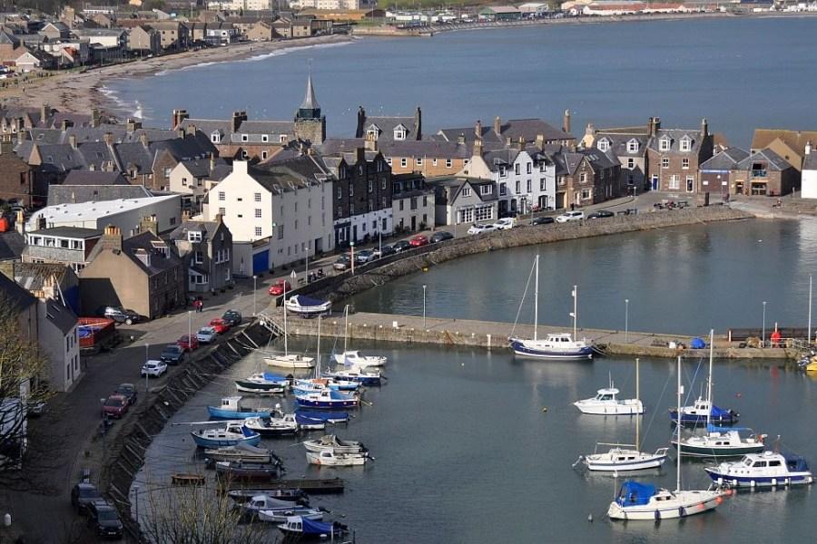 Unsere Segelreise fuehrt von der Ostkueste Schottlands an die Westkueste.