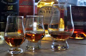 Hier erfahre Sie Tipps zur Steigerung des Genusses Ihres schottischen Whiskys.