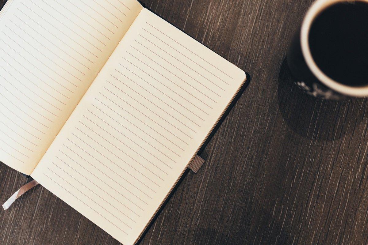 Schreibmeditation: Wie du mit Stift und Papier zu deiner inneren Mitte findest