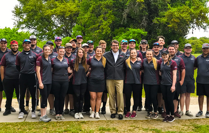 ACUI Collegiate Clay Target National Champions with Schreiner President Charlie McCormick