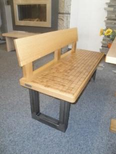 Sitzbank LEGERE mit Rückenlehne und Stahl-Kufengestell
