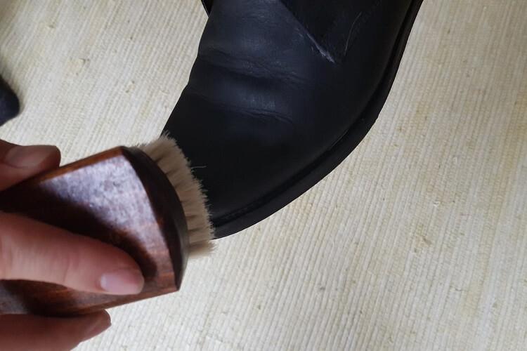 Glanzbürste Schuhe