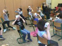 Cardboard VR-Brillen zu Besuch