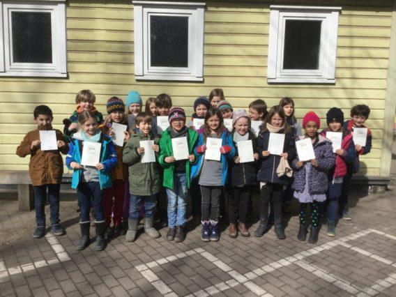 Die Verleihung der Urkunden. Klasse 2