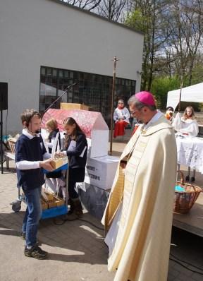 Ein Baustellenoskar für Erzbischof Heße.