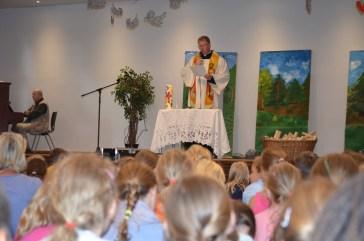 Wort-Gottes-Feier mit Pfarrer Wellenbrock.