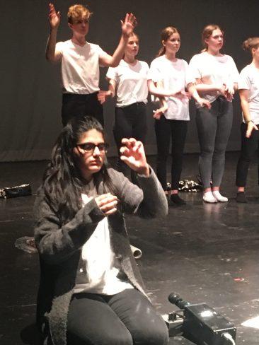 """""""Gestern, morgen, heute - und Wir im Jetzt"""", Gastspiel der Stadtteilschule Bergedorf"""