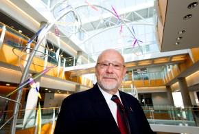 Jack Schultz, Director of Bond Life Sciences Center - (C) Roger Meissen, LSC