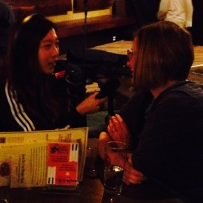 Dr. Heidi Appel being interviewed by a Mizzou journalist student after her talk at the Science Cafe (Broadway Brewer, Columbia) on September 14, 2015
