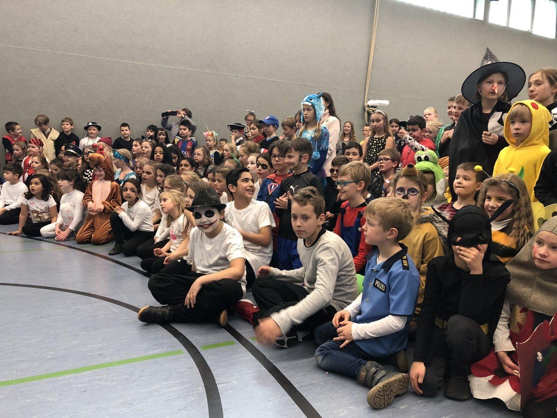 Schulkarneval_Eichendorffschule_2019 (5)