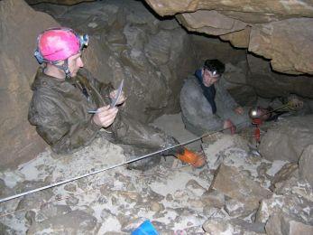 Mapovanie jaskyne Shpanik v Zadnej sieni