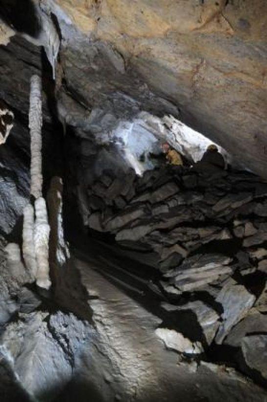 Horná sienka s palicovými stalagmitni