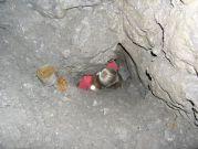 Slávka sa prvá prepchala do jaskyne