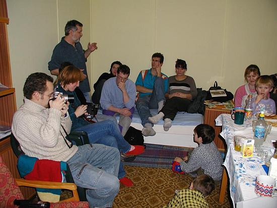 Účastníci na členskej schôdzi v r.2003