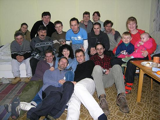 Účastníci na členskej schôdzi v r.2004