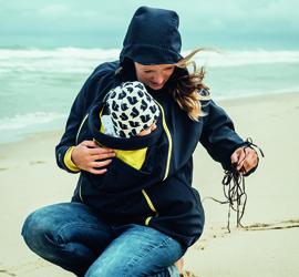 3-in-1 Prinzip von Mamalila: Softshelljacke solo, für Schwangerschaft und Tragejacke zum Tragen vorn oder auf dem Rücken,