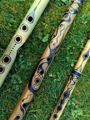 3-ink-painted-flutes