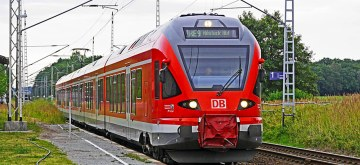 Schwerin: Ohne Mundschutz dafür mit Beleidigungen im Zug unterwegs