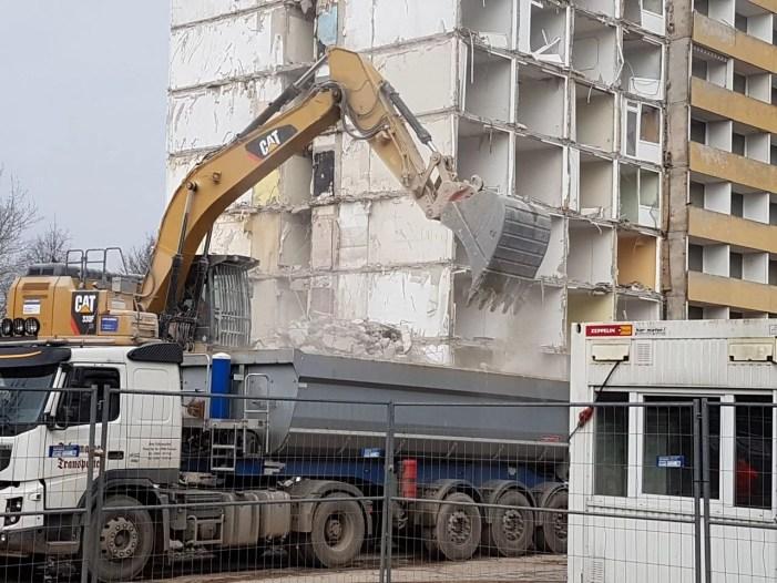 WGS-Hochhäuser Lankow: ASK stellt Eilantrag auf Abrissstopp