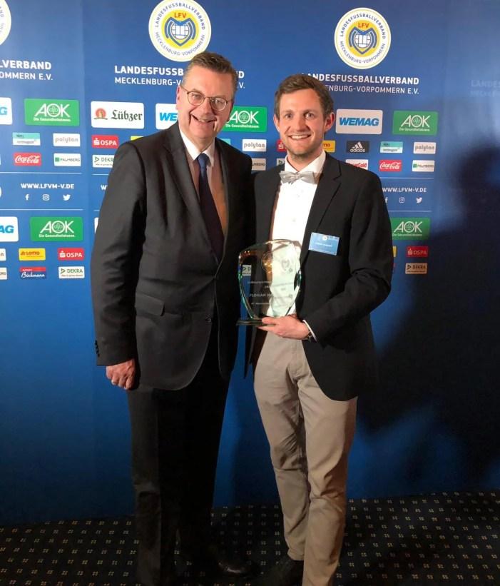 Schweriner Unparteiischer wird vom Landesfußballverband ausgezeichnet
