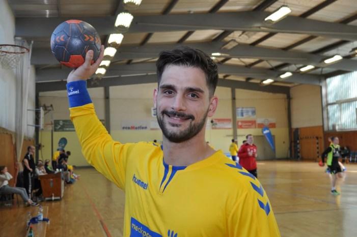 Nikos Passias verlängert bei den Handballstieren