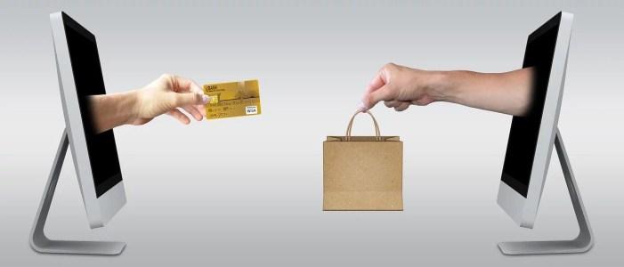 Lokales Ladengeschäft vs. Onlineshops – deshalb werden Onlineshops immer beliebter