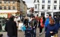 Schwerin: Wochenmarktbesuch mit Vernunft