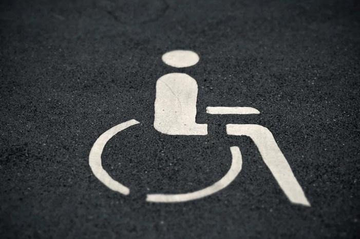 Schwerin: Mehr Klarheit zu Behindertenparkplatz