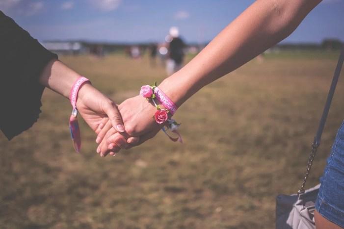 Wie Homosexuelle einen Partner finden