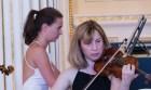 Amanda Favier, Geigerin im Trio Sōra   Foto: schwerin-lokal / Peter Scherrer