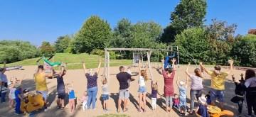 Friedrichsthal: Elterninitiative sammelt Geld für mehr Spielgeräte