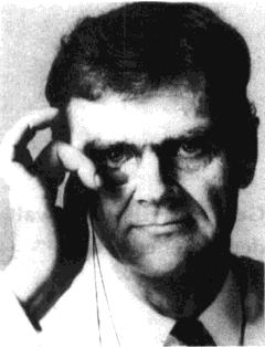 H.C. Artmann med ana schwoazzn dintn