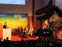 Wo sind die Dinosaurier der Medien-Neuzeit? - Podiumsdiskussion im Senckenberg-Museum. Foto: Korbmann